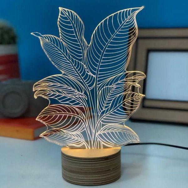 LED-Tischlampe Heliconia, Studio Cheha