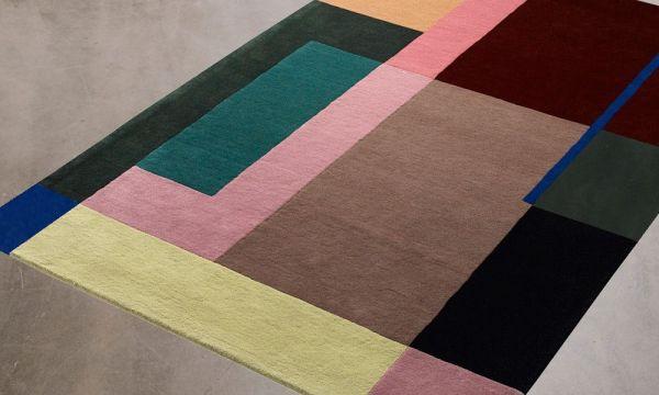 Teppich aus Wolle, handgetuftet