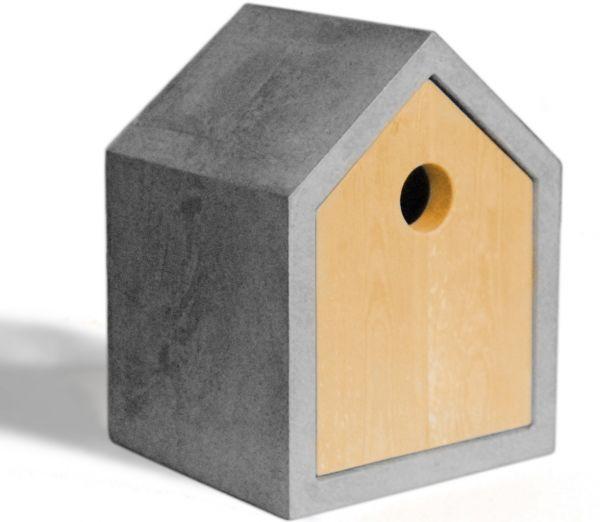 Vogelhaus aus Holz und Beton
