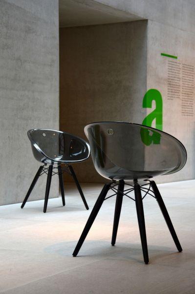 Stuhl aus Holz und Kunststoff Sitzschale, anthrazit, von Pedrali